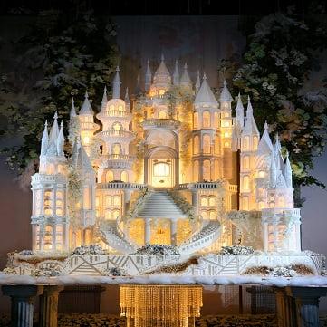 Ellys Cake Wedding Carousel 2